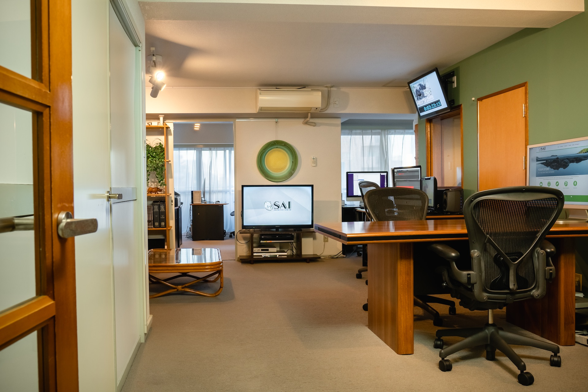 SAI-office-00090